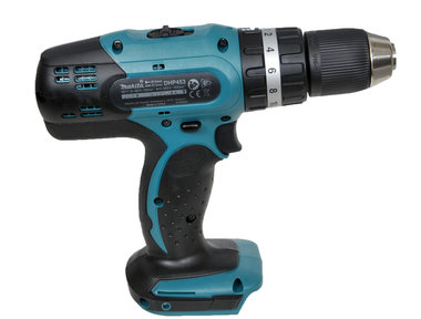 ~Makita 18 volt 2 accu s, lader in koffer