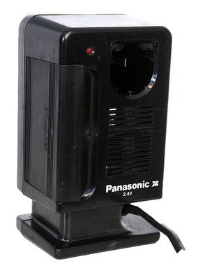 Panasonic acculader 2,4 volt type EY0020