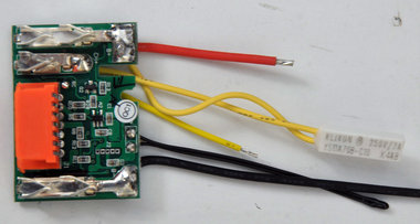 Repararie onderdeel (print) voor de Makita 14,4 volt Li ion accu's