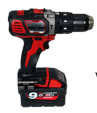 Milwaukee M18 BPD boormachine