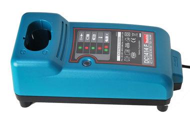 Makita snellader  7,2-14,4 volt   DC 1414 NIEUW maar op=op komt niet meer terug