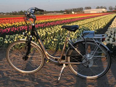 union volta sram Sparc  fiets met nieuwe accu en lader